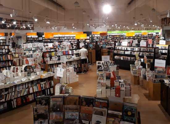 イタリアの現在の書店の様子